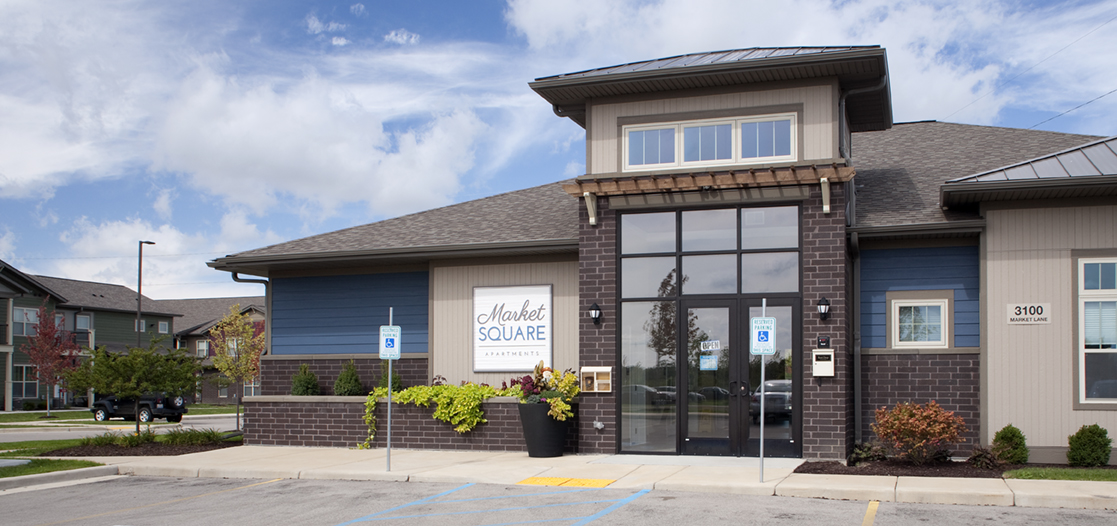 Leasing Office | Market Square | Kenosha area | JLA Architects