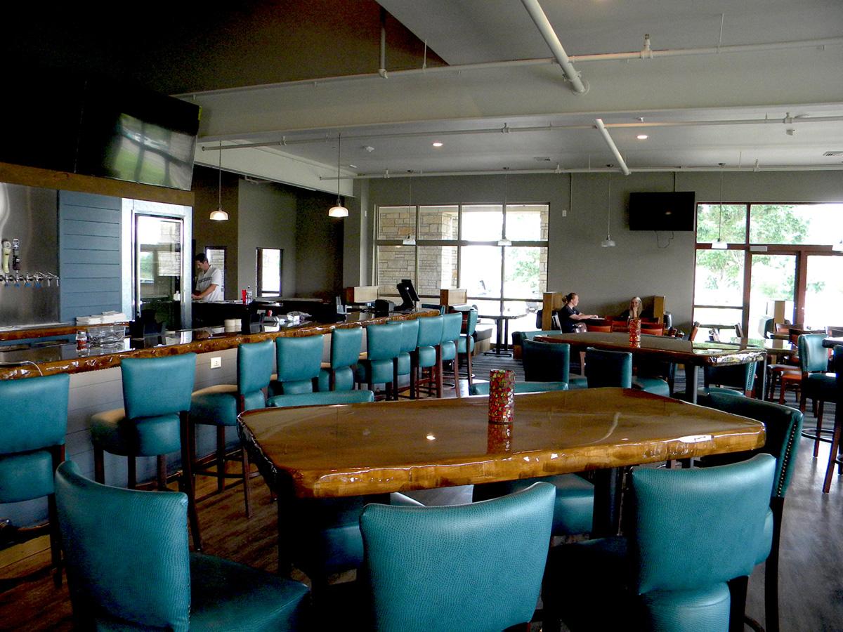 Bar Area | bbJack's | Cottage Grove, Wis. | JLA Architects